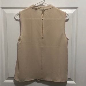 Forever 21 Tops - Forever 21 cream sleeveless blouse, size M.